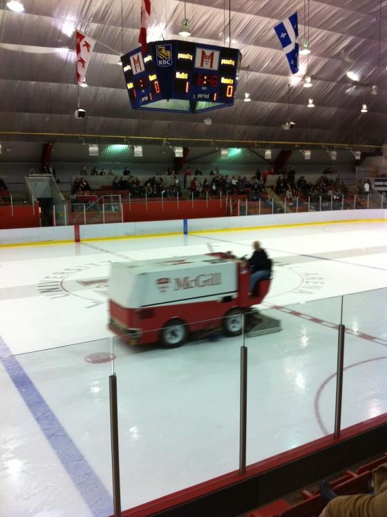 sdr sur la route du hockey d couvrir pendant le lock out le hockey universitaire sports de. Black Bedroom Furniture Sets. Home Design Ideas